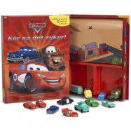 Cars - Aktivitetsbok med figurer och lekmatta